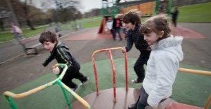 children-playing-rsz